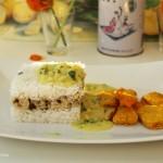 Möhren-Pakoras mit zwei Sorten Reis und Kokos-Pfefferminzsoße