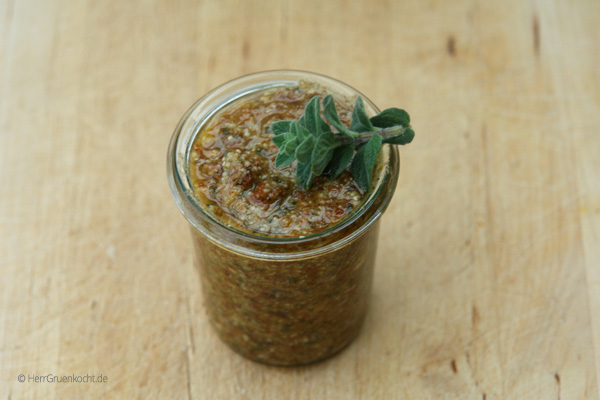 Oregano-Nuss Pesto