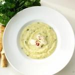PePa – Petersilienwurzel-Pastinaken Suppe mit Meerrettich-Cranberrie Nocken