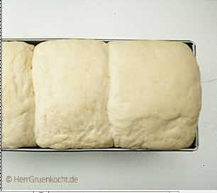 Sandwichbrot selber backen
