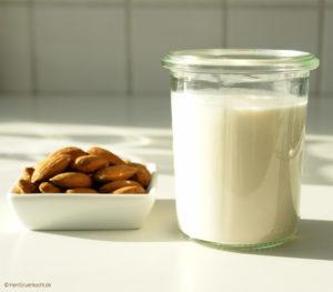Mandelmilch ganz einfach selber machen