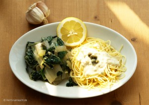 Mangold mit Spaghetti und Sauce Cici