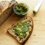 Veganen Brotaufstrich selber machen – die Kräutercrème Luigi