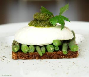Mozzarella auf Grünen Bohnen