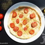 Eine einfache Tomatenpizza