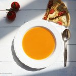 Tomatensuppe und Pizza