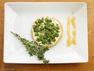 Kleine Tarte mit dicken grünen Bohnen