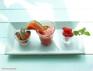 Mixgetränk Himbeer Melone Minze