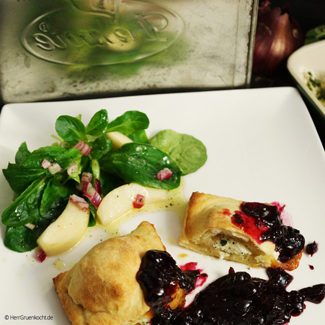 Blätterteig-Ravioli mit Thymian-Ziegenkäse