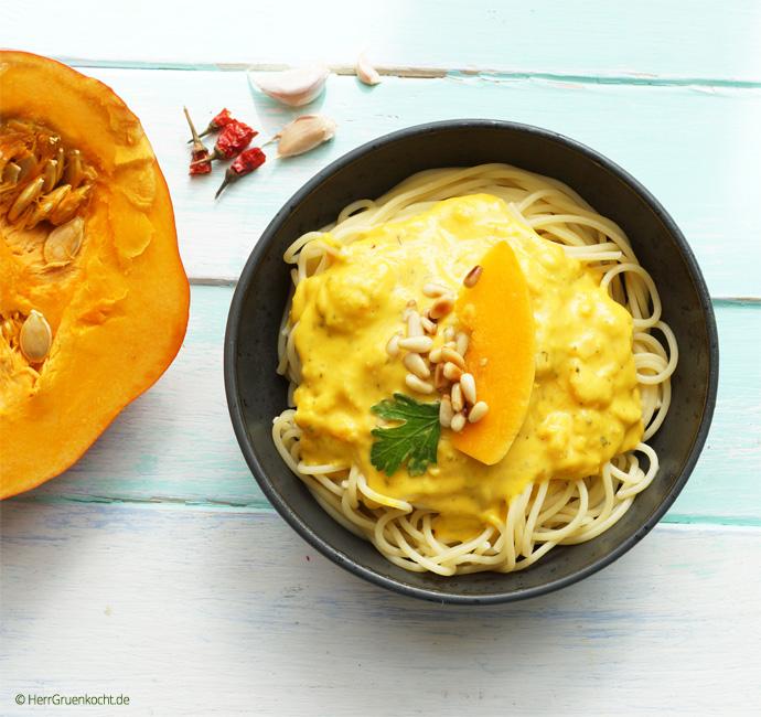 Spaghetti mit Kürbiscrème