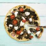 Grünkohlpizza mit italienisch-türkischer Gewürzmischung
