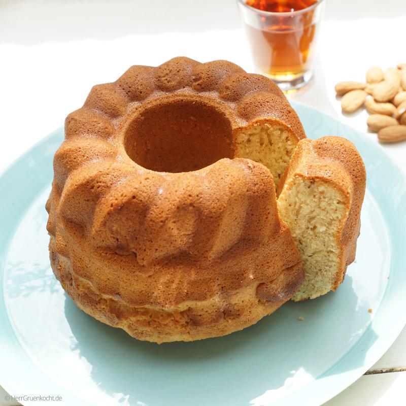 Amaretto-Mandelkuchen