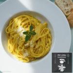 Bavette mit Kurkuma-Sauce und frischem Oregano