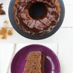 Rotweinkuchen mit einer Ganache aus Schokolade, Sternanis und Zimt