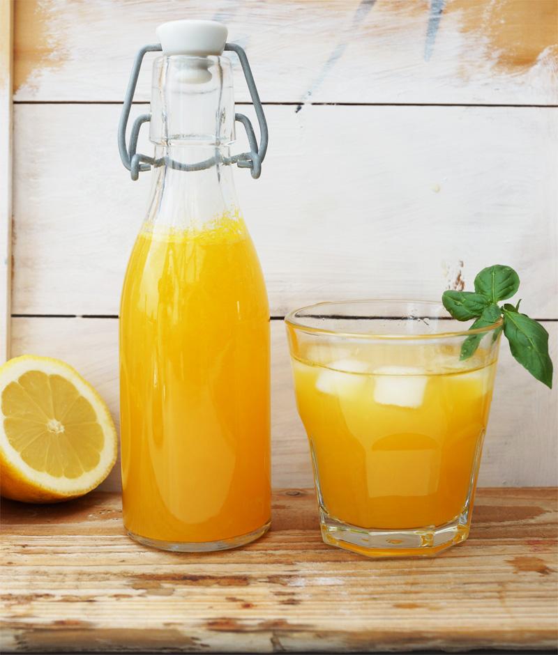 Limonade mit wenig Zucker