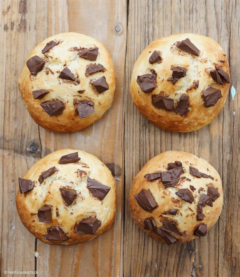 Schokoladenbrötchen schnell und einfach selber backen