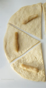 Hörnchenteile mit Marzipan