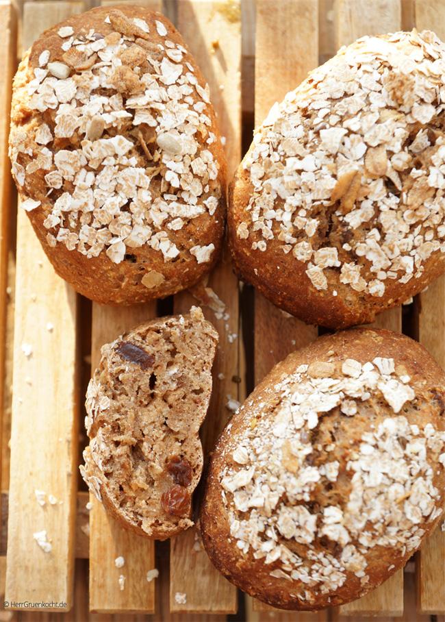 Quark-Muesli-Broetchen einfach und schnell