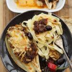 Chicorée neapolitanisch mit selbstgemachtem Pesto und Pasta