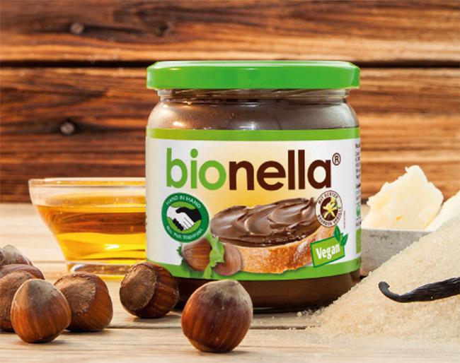 bionella – eine Nuss-Nougat-Creme mit Bio-Palmöl, fair gehandelt und super lecker