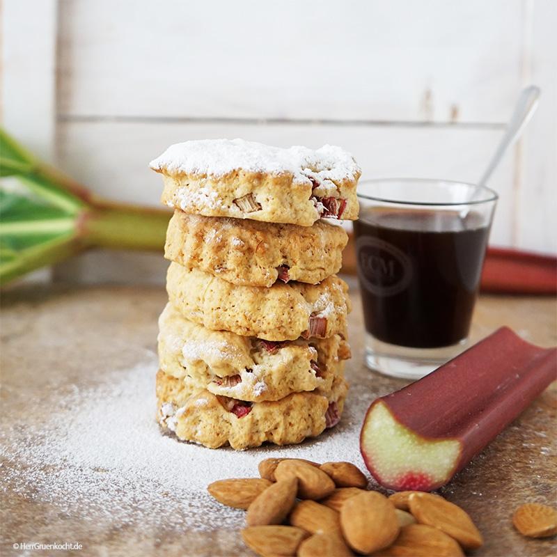 Rhabarber-Mandel-Cookies mit LUVE LUGHURT Natur