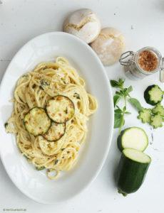 Spaghetti Carbonara mit Hickory-Zucchini
