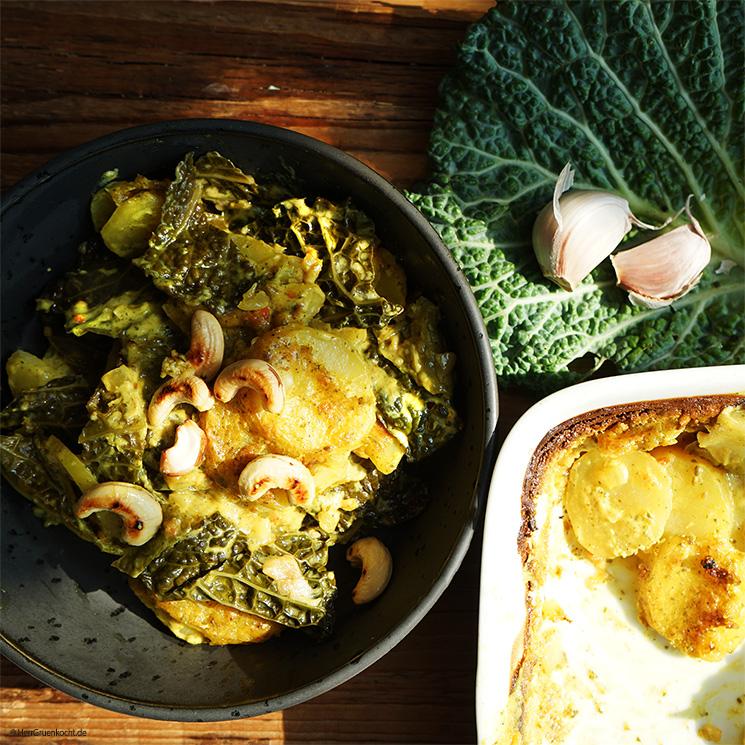 Kartoffel-Wirsingauflauf mit einer Kokos-Curry-Sauce mit LUGHURT Natur, Zwiebeln und gerösteten Cashewnüssen