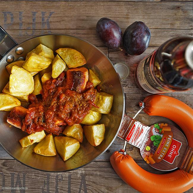 dieOHNE Kranzl mit spicy Pflaumen-Curry-Sauce und krossen Backofen-Kartoffeln