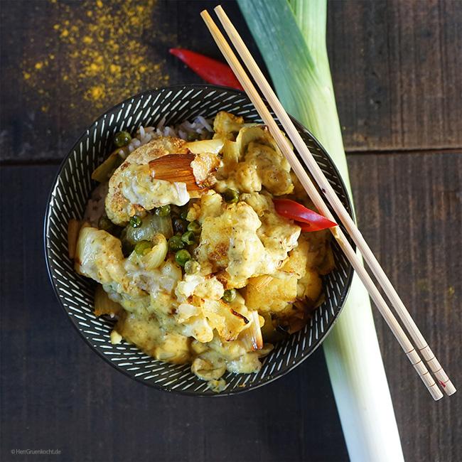 Indisches Gemüsecurry mit LUVE LUGHURT Natur auf Reis